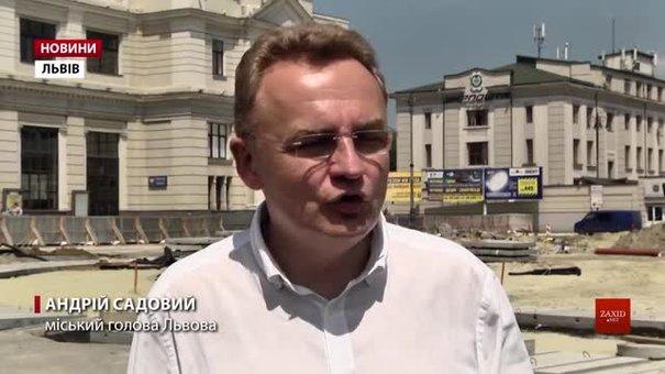 Поліція допитала Андрія Садового у справі про штурм Ратуші