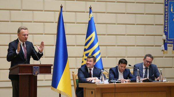 Зеленський заявив про готовність розслідувати сміттєву блокаду Львова