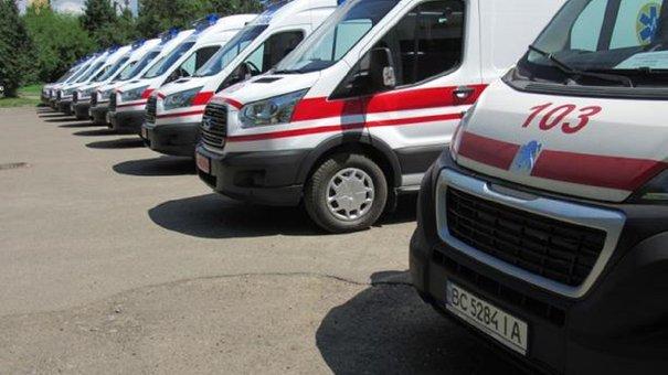 Львівщина отримала 10 нових автомобілів швидкої допомоги