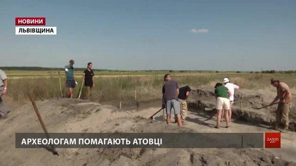 На Сокальщині археологи розкопали могильники, яким 2 та 3 тисячі років