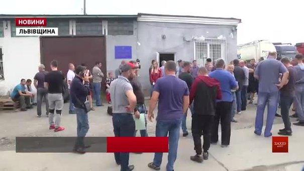 Українським далекобійникам ще до осені бракуватиме дозволів на перетин кордону