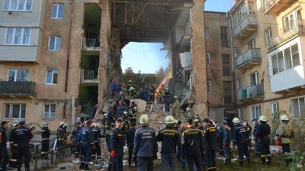 Із будинку в Дрогобичі відселять усіх мешканців через загрозу нового обвалу