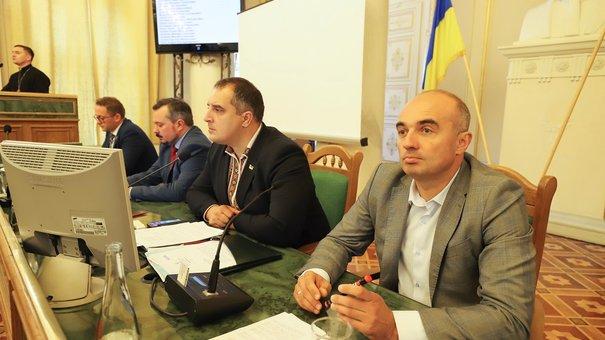 Депутати з другої спроби звільнили заступника голови Львівської облради Володимира Гірняка