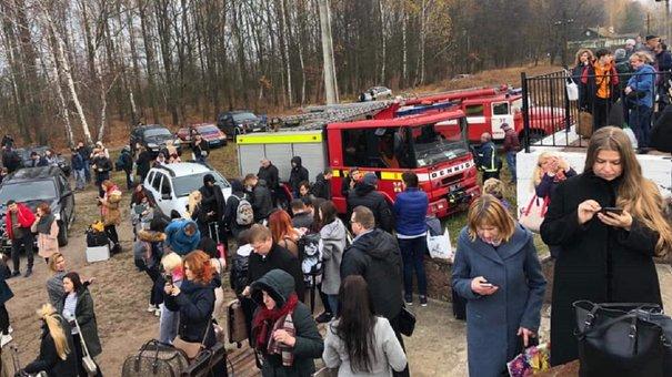 Пасажирів Інтерсіті Львів-Київ евакуювали через повідомлення про замінування