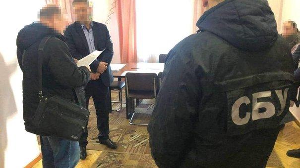Керівник «Львіввугілля» фіктивно взяв доньку на керівну посаду задля зарплати
