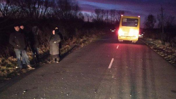 Під колесами рейсового автобуса сполученням Львів-Журавники загинув 32-річний пішохід