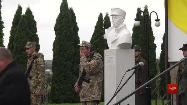 Перший в Україні пам'ятник Петрові Франку відкрили у Нагуєвичах
