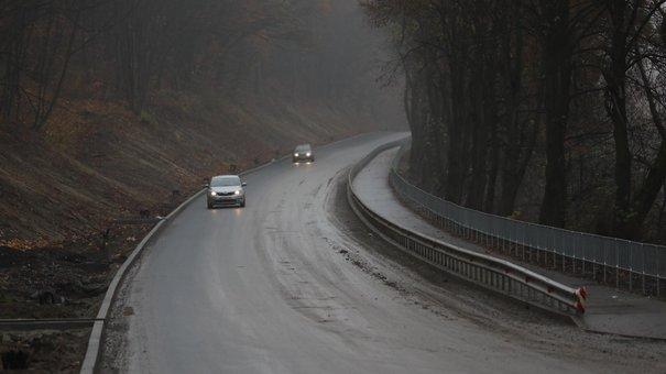 Дорогу зі Львова до Винників відкрили для проїзду у реверсному режимі