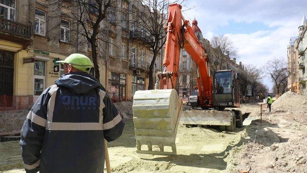 Комісія оглянула ремонт вулиці Бандери після зауважень громадських активістів