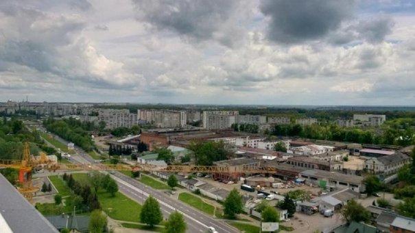 Львівська міськрада вимагає у покупця виправної колонії врахувати інтереси громади
