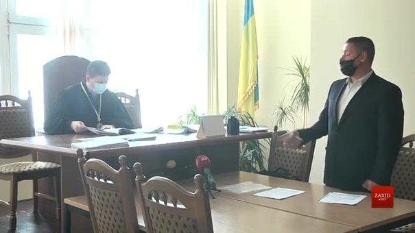 Суд втретє відмовився штрафувати львівського ковід-дисидента Остапа Стахіва