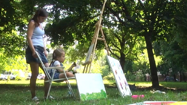 Діти зі СМА допомагають збирати кошти для львів'янки Вікторії Полюги