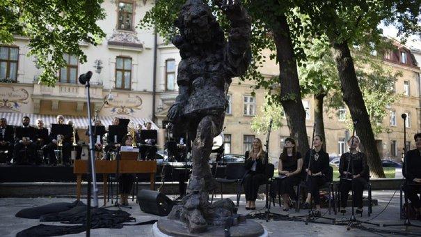 У Львові урочисто відкрили пам'ятник Францу Ксаверу Моцарту