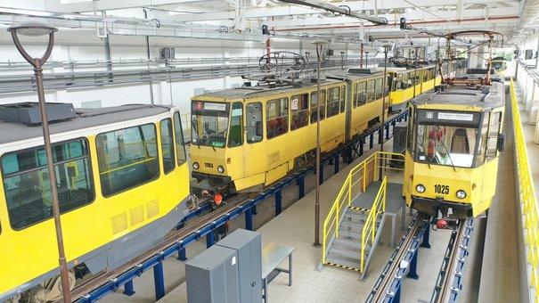 У Львові відкрили оновлене трамвайне депо на вул. Промисловій