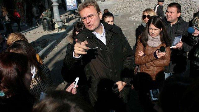 Дороги до Євро-2012 Львів досі ремонтує в борг