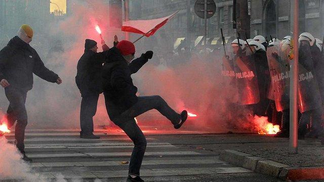 У Польщі заарештовано понад 200 учасників заворушень
