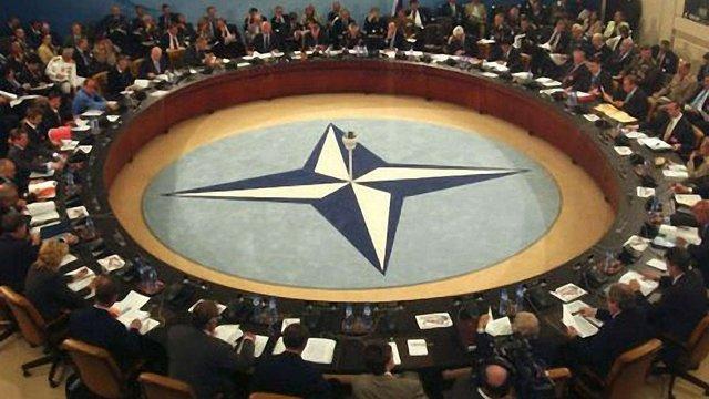 Медведєв: Росія не дала розширити межі НАТО
