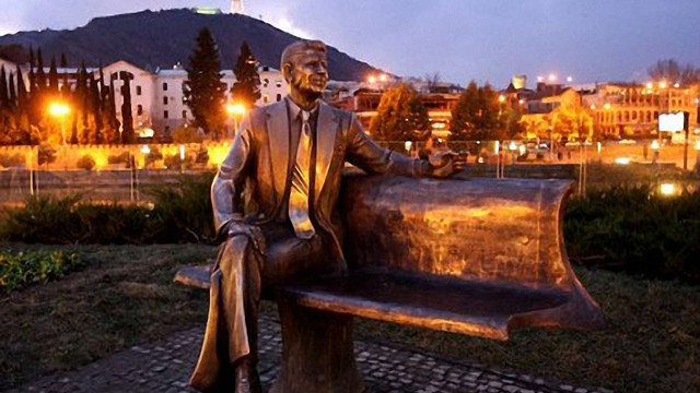 У Грузії Рейгану відкрили пам'ятник в подяку за розпад СРСР