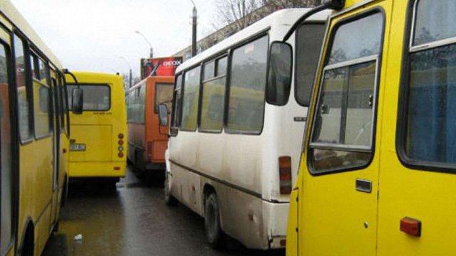 Нова транспортна схема Львова працює на 70%, - Жук