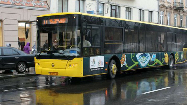 У Львові ще один  автобус ЛАЗу зійшов з маршруту через несправність