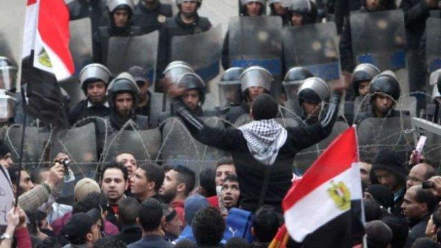 У Єгипті студенти оголосили безстрокову акцію протесту