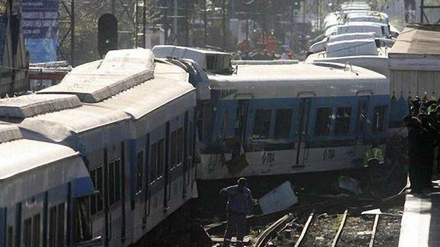 49 осіб загинуло внаслідок залізничної аварії в Аргентині