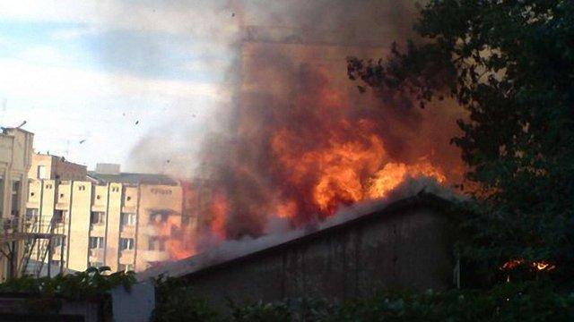 12 таджиків загинуло у пожежі на ринку в Москві