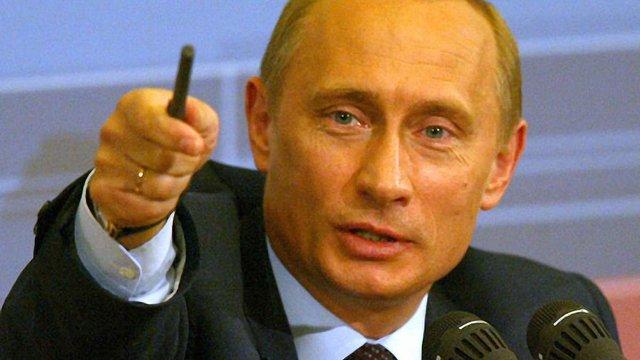 Путін вирішив пересадити чиновників на російські авто
