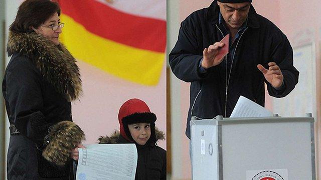 На виборах президента Південної Осетії переміг екс-голова КДБ