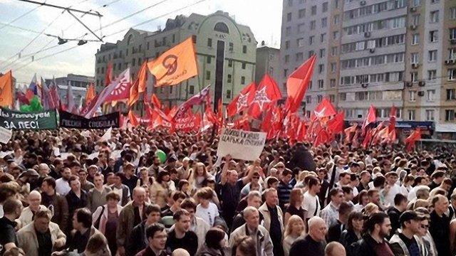 """У Москві Путіна """"вітають"""" з узурпацією влади"""