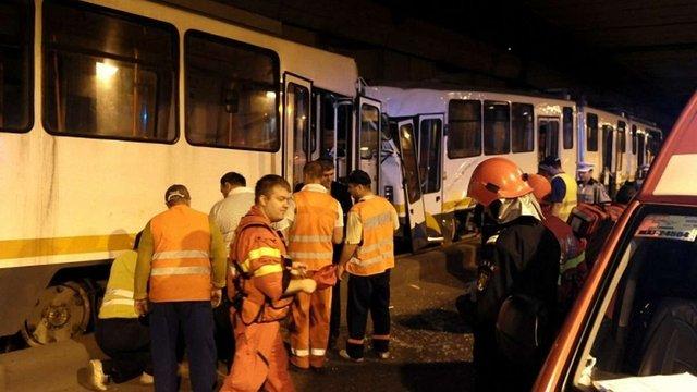 У Бухаресті зіткнулися три трамваї: 52 людини постраждали