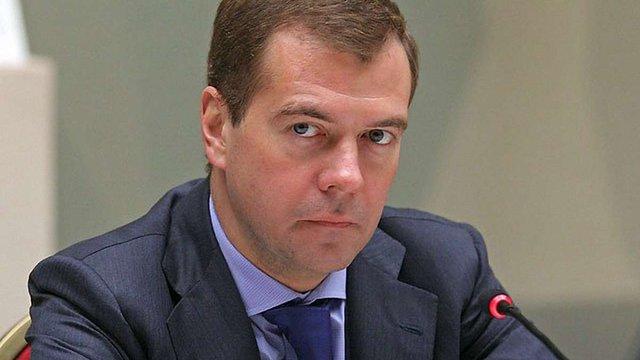 Медведєв хоче вступити в «Єдину Росію»