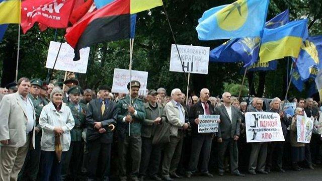 Закон про мову зводить українців до становища нацменшини, – заява