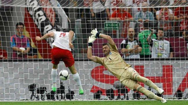 Перший гол Євро-2012 забив поляк