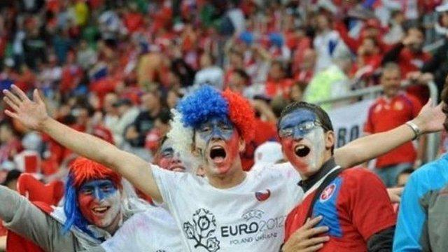 У Варшаві затримали 184 вболівальників за вчорашні порушення