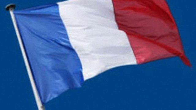У Франції – новий уряд зі старими міністрами
