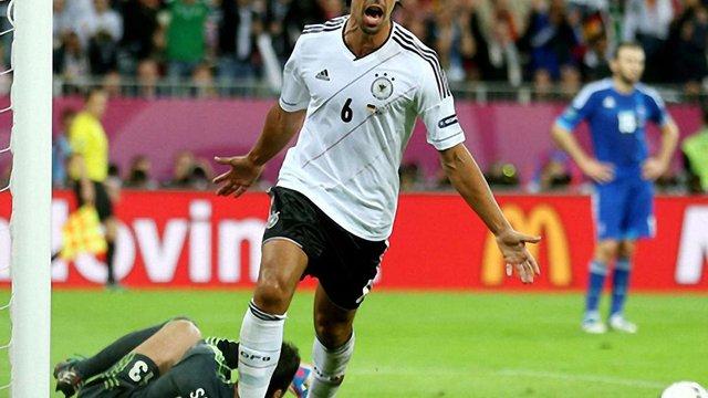 Чвертьфінал Євро-2012: Німеччина розгромила Грецію – 4:2