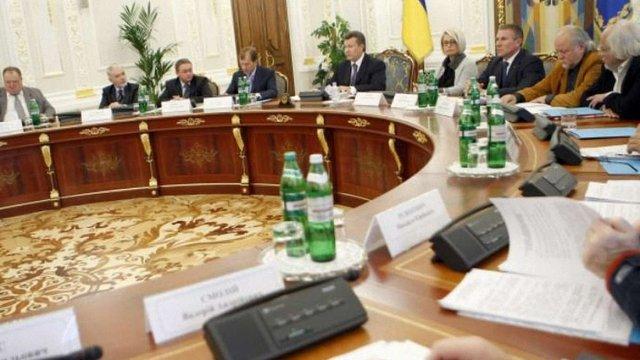 Гуманітарну раду при Януковичу закликають саморозпуститися