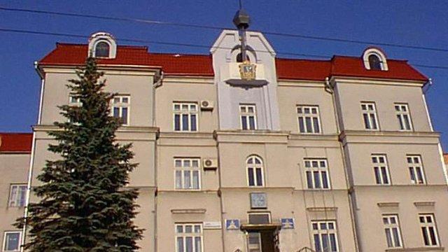 Луцька міськрада вимагає позбавити громадянства Ківалова і Колесніченка