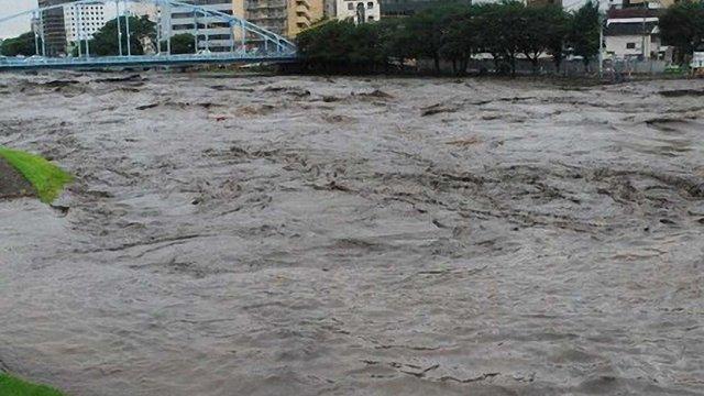 У Японії від повені вже загинули 19 осіб