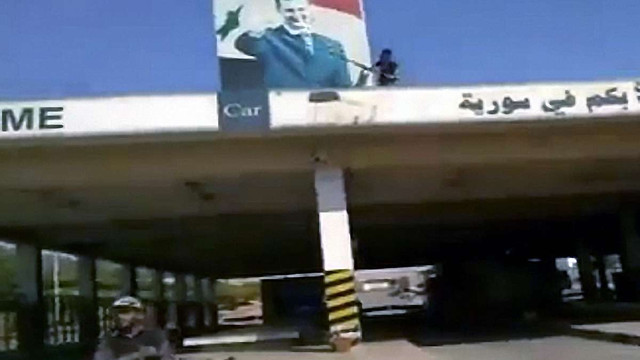 Сирійська опозиція взяла під контроль кордон з Іраком