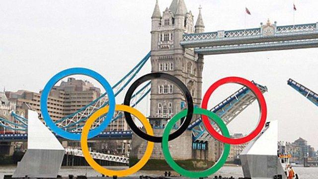 У перший день Олімпіади штангіста спіймали на допінгу