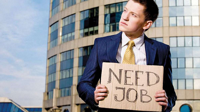 Найбільше українців хвилює безробіття, найменше - свобода слова