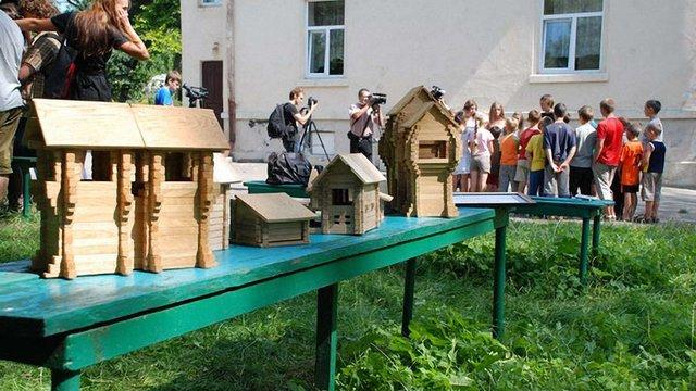 У Львові дітям демонстрували екоіграшку-конструктор. Фото