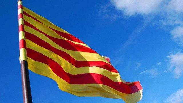 Муніципалітет Каталонії відокремлюється від Іспанії через мову