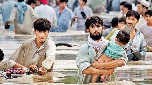 У Пакистані від повеней загинуло майже 80 осіб