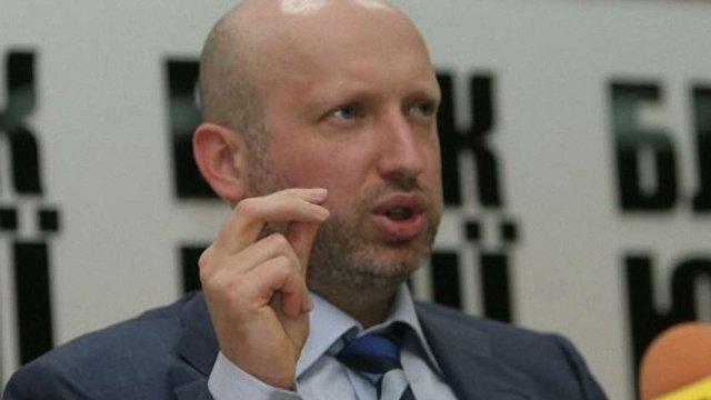 Влада транслює на УТ-1 брехню проти опозиції, - Турчинов