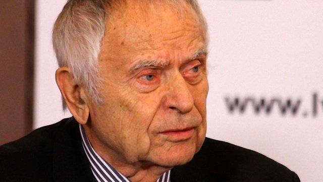 Павличко: Справа не в Януковичі, а в тому, що ми – раби