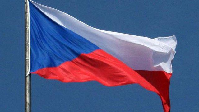 Фаворитом президентських виборів у Чехії називають екс-прем'єра