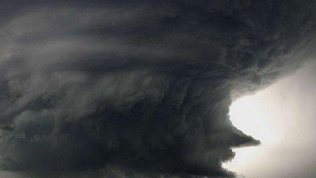Потужний торнадо пройшовся сходом США: є загиблі